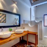 Bathroom 3- 2nd Floor